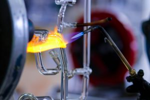 Drier works with a type of glass – called Borosilicate – specialized for scientific experiments that can withstand sudden and extreme temperature changes.