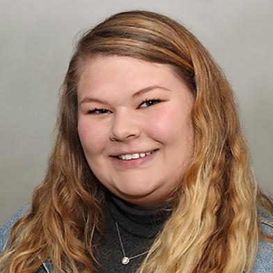 Kaitlyn Moore Headshot